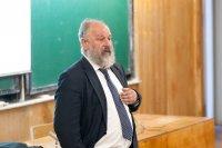 Профессор Андрей Николаевич Терехов на открытии конференции